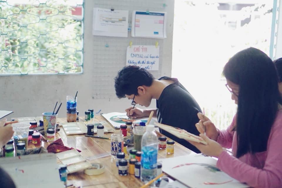 Kì thi vẽ trang trí màu được tổ chức thường xuyên tại Zest Art