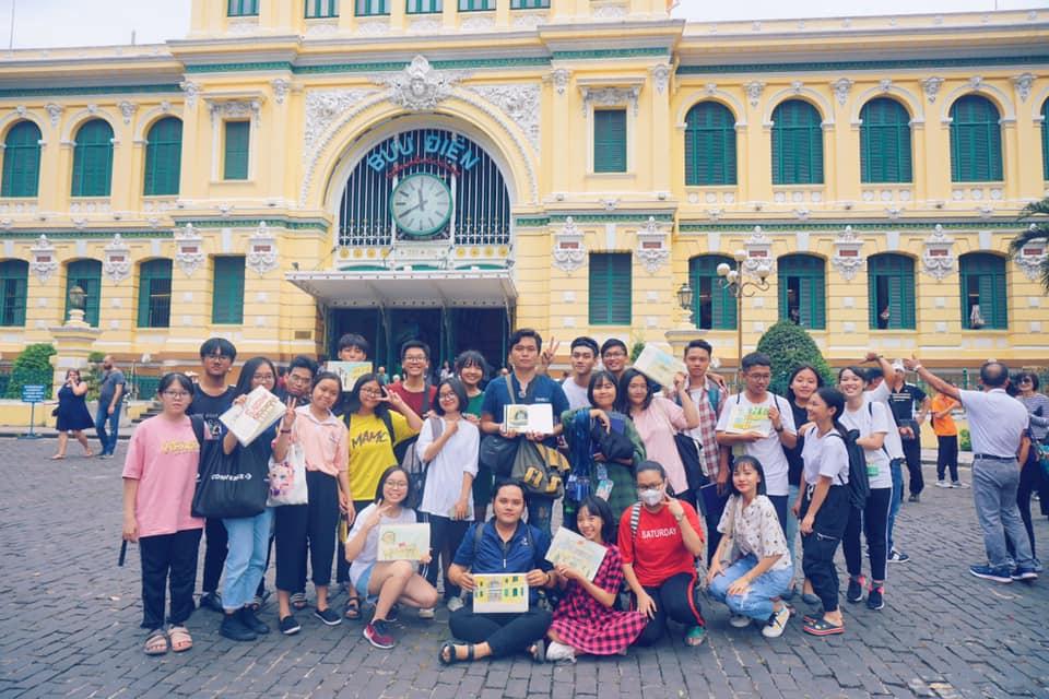 Nhà Zest đi ký họa bưu điện thành phố Hồ Chí Minh